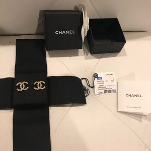 Brand new Chanel earrings stud gold crystal